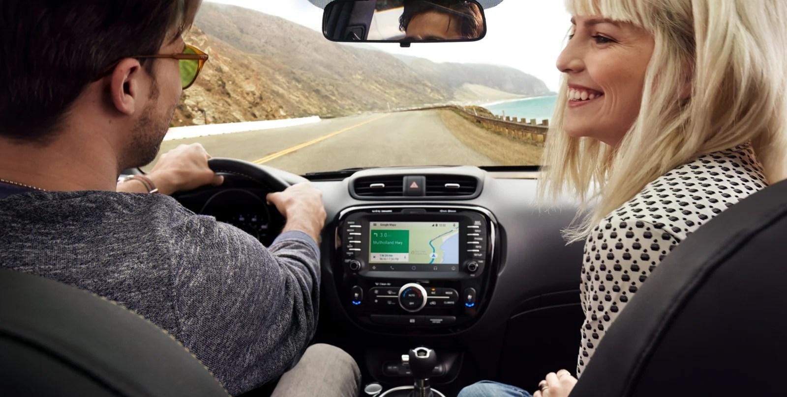 CES 2017 : Fiat-Chrysler et Google veulent aller plus loin qu'Android Auto