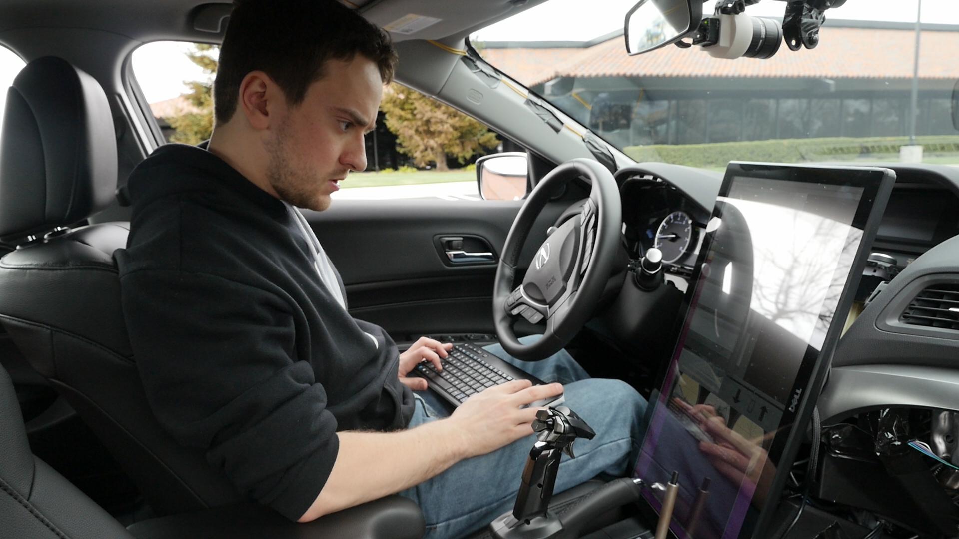 Geohot : un kit de conduite semi-autonome pour toutes les voitures d'ici la fin de l'année