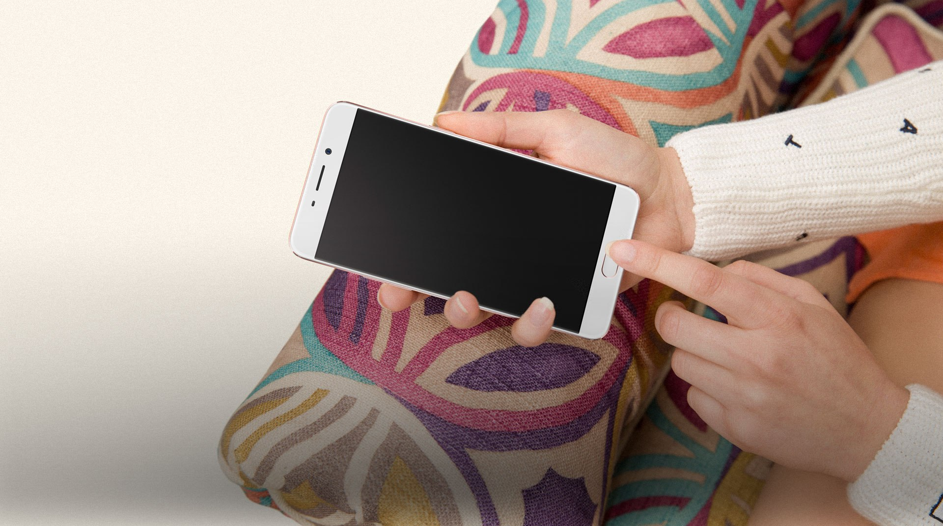 Tech'spresso : Les nouveaux Oppo R9, Miitomo est disponible et la «valeur» des clients Bouygues
