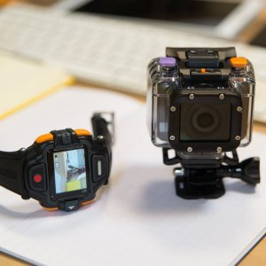 Prise en main de la 4G Cam d'Orange, une GoPro like pour diffuser en direct