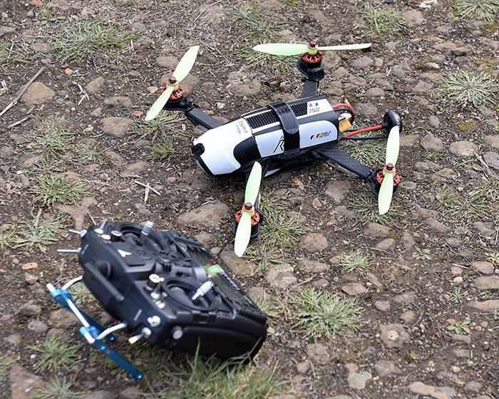 Parrot Racing Bebop R1 : Parrot se lance sur la course de drone