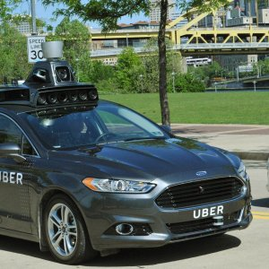 Uber pourrait utiliser les voitures autonomes de Waymo (Google) à l'avenir