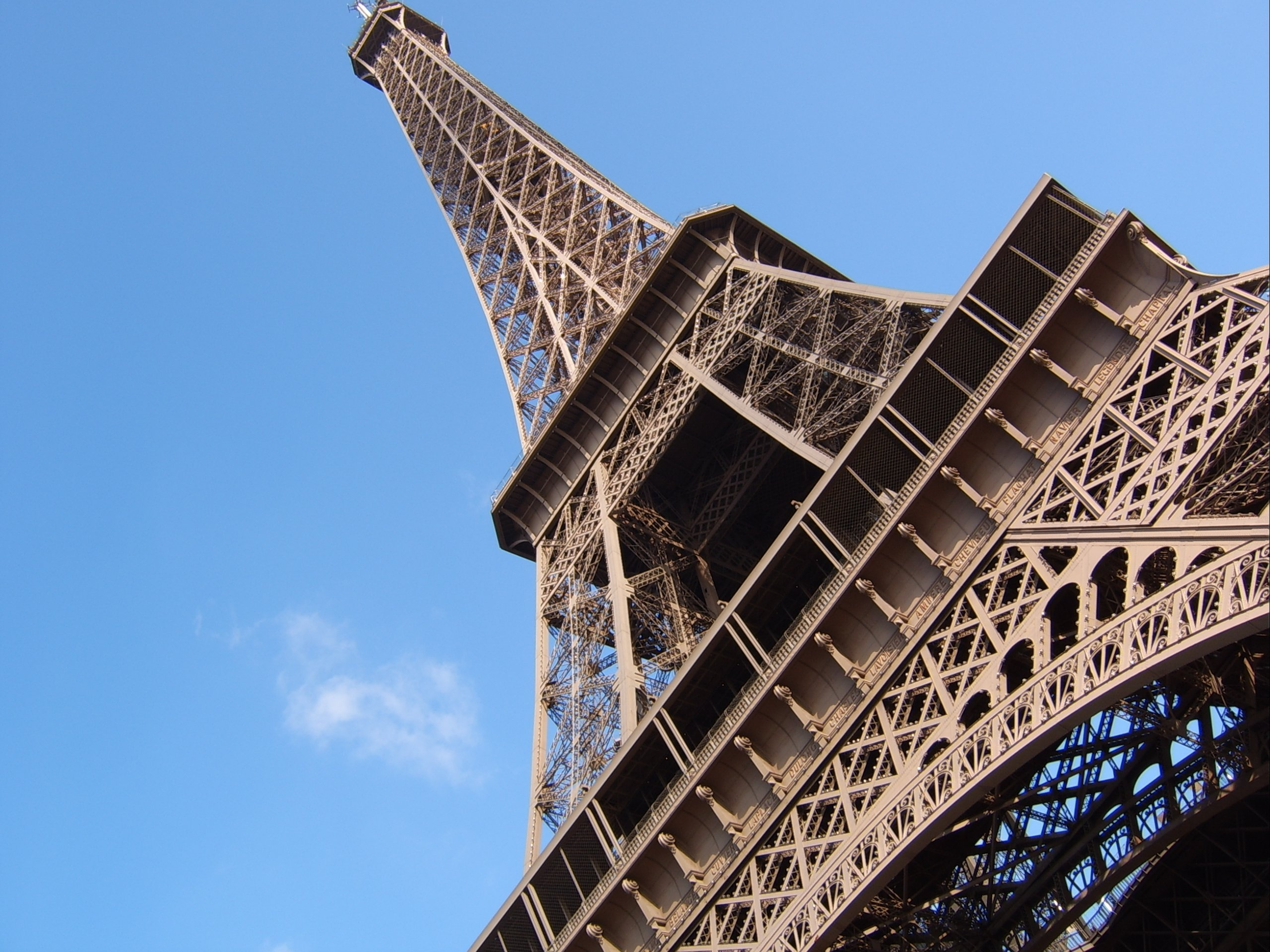 4G : Free Mobile active ses premières antennes 700 MHz à Paris