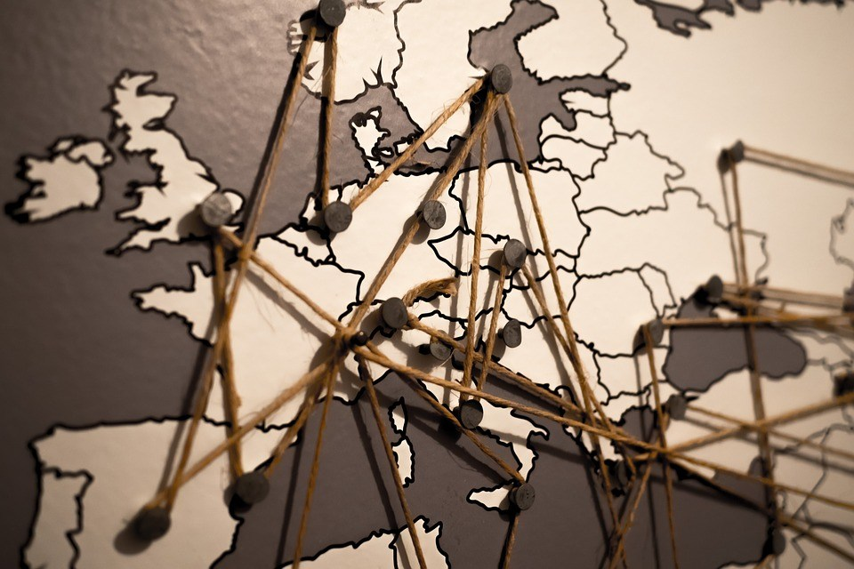 Fin des frais de roaming en Europe : Bruxelles doit encore peaufiner ses propositions