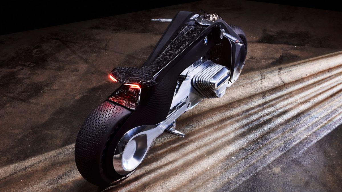 BMW nous fait rêver avec la Vision Next 100, la moto du futur