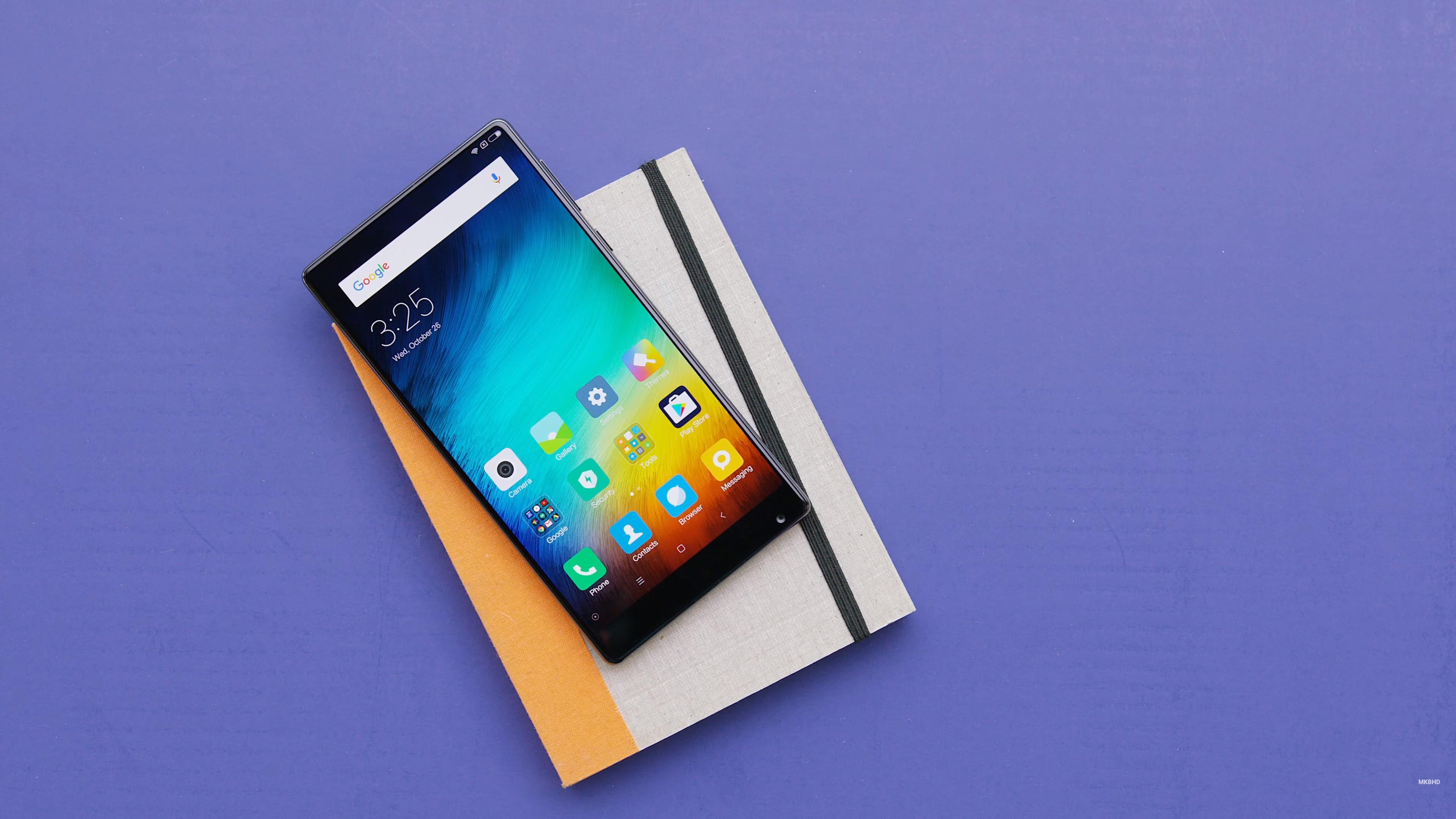 Mi MIX : Voici comment Xiaomi a réussi à créer un smartphone sans bordures