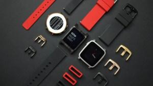 Fitbit : un an après le rachat, le support des montres Pebble va bientôt s'arrêter