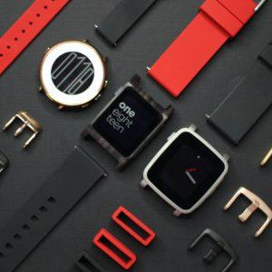 C'est officiel, Fitbit acquiert Pebble et laisse aux clients un goût amer
