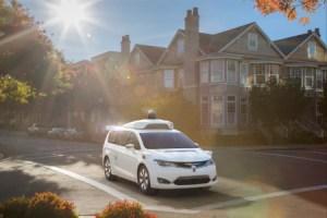 Waymo révèle des capteurs maison pour son véhicule autonome, la Pacifica