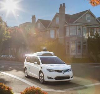 Voiture autonome: Google Waymo commande des «milliers» de véhicules à Fiat Chrysler