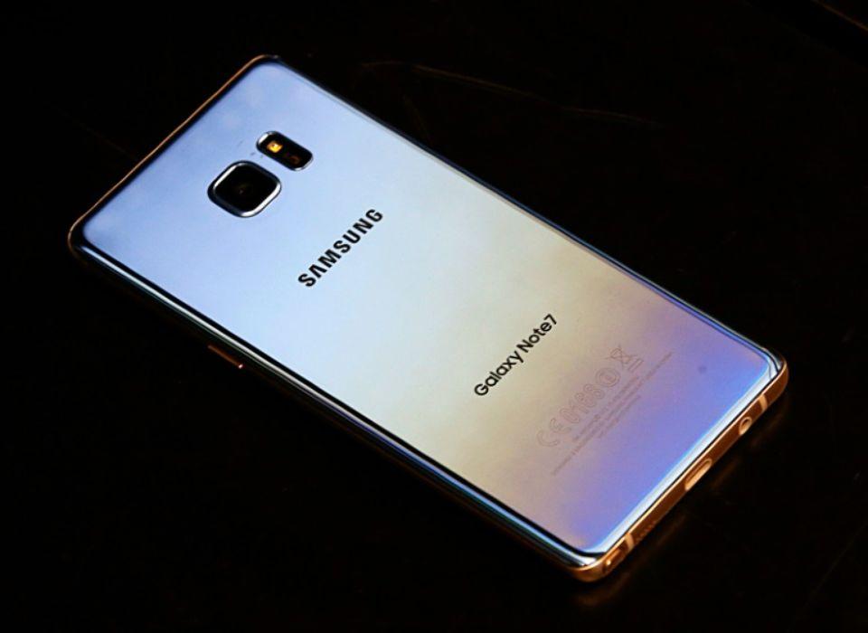 Samsung Galaxy Note 7 : la batterie serait en cause, les raisons officielles le 23 janvier