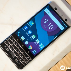 CES 2017 : TCL montre le BlackBerry Mercury mais son annonce attendra