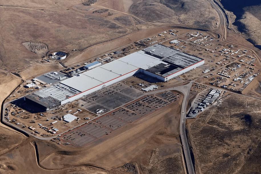 Tesla veut alimenter sa Gigafactory avec une ferme solaire sur son toit