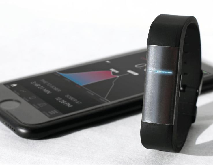 Le bracelet connecté Proof peut mesurer votre taux d'alcool en temps réel