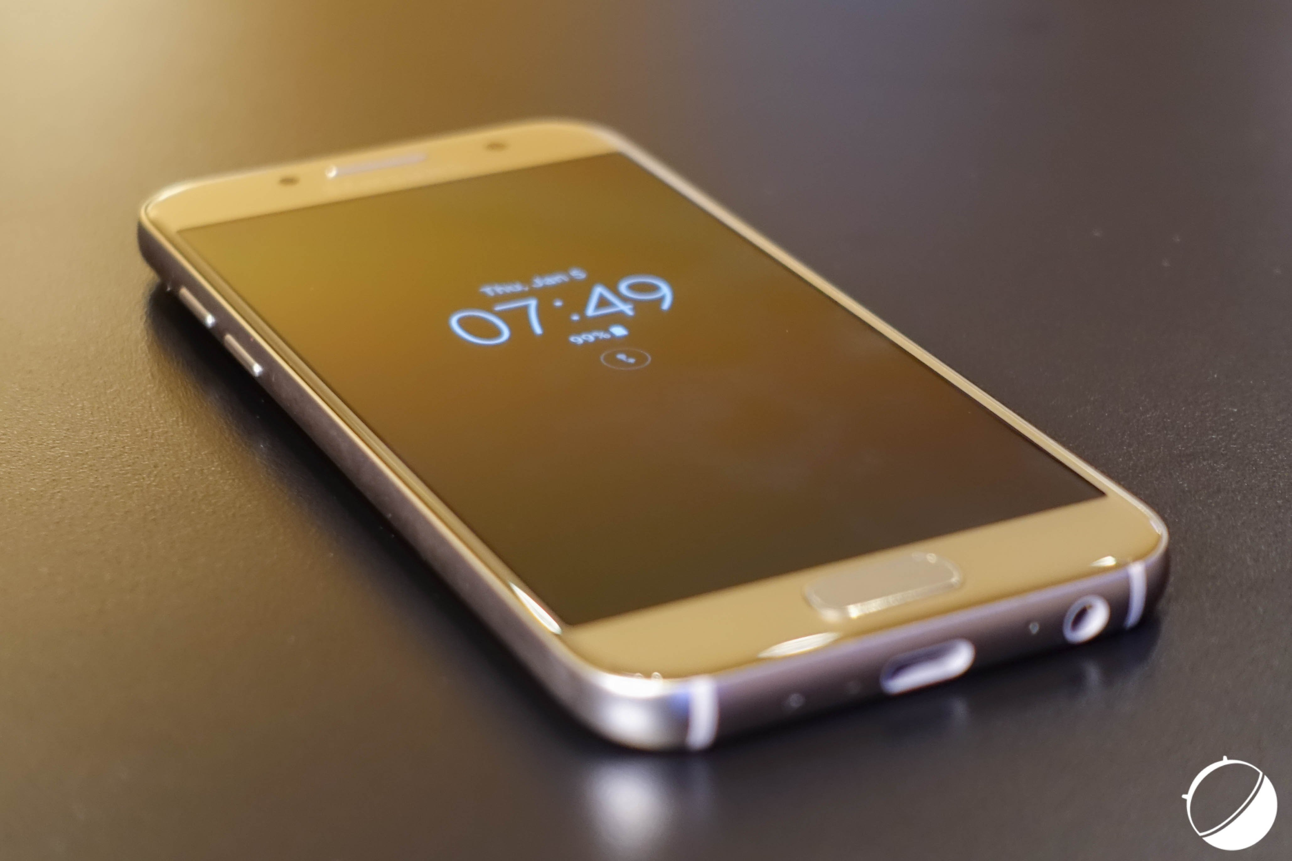 Le Samsung Galaxy A5 de 2014 va recevoir Android 7.0 Nougat