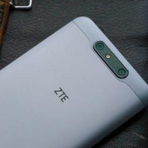 Un ZTE Blade V8 avec double capteur photo pourrait être dévoilé au CES 2017