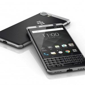 BlackBerry KEYone : le grand retour du clavier physique sur Android – MWC 2017