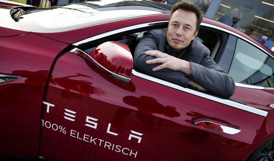 Tesla : Elon Musk promet de créer un pick-up truck «juste après la Model Y»