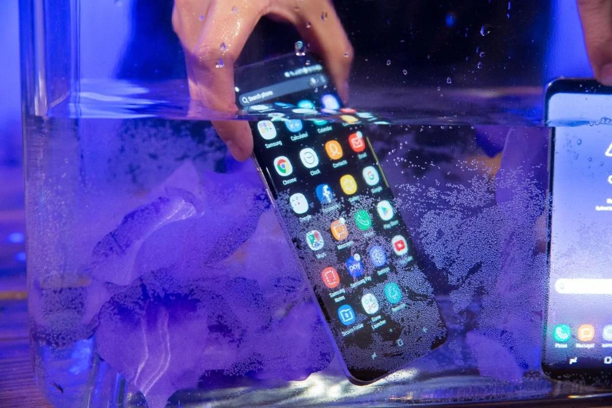 Les meilleurs smartphones étanches et résistants à l'eau en 2019 : la sélection de FrAndroid