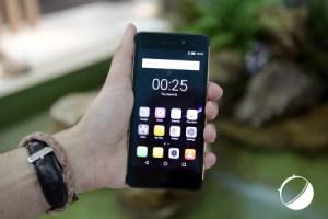 Prise en main vidéo du HiSense Rock, le téléphone robuste et étanche à moins de 300 euros