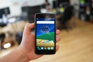 Test du Lenovo Moto G5, un nouveau design et une expérience pure d'Android