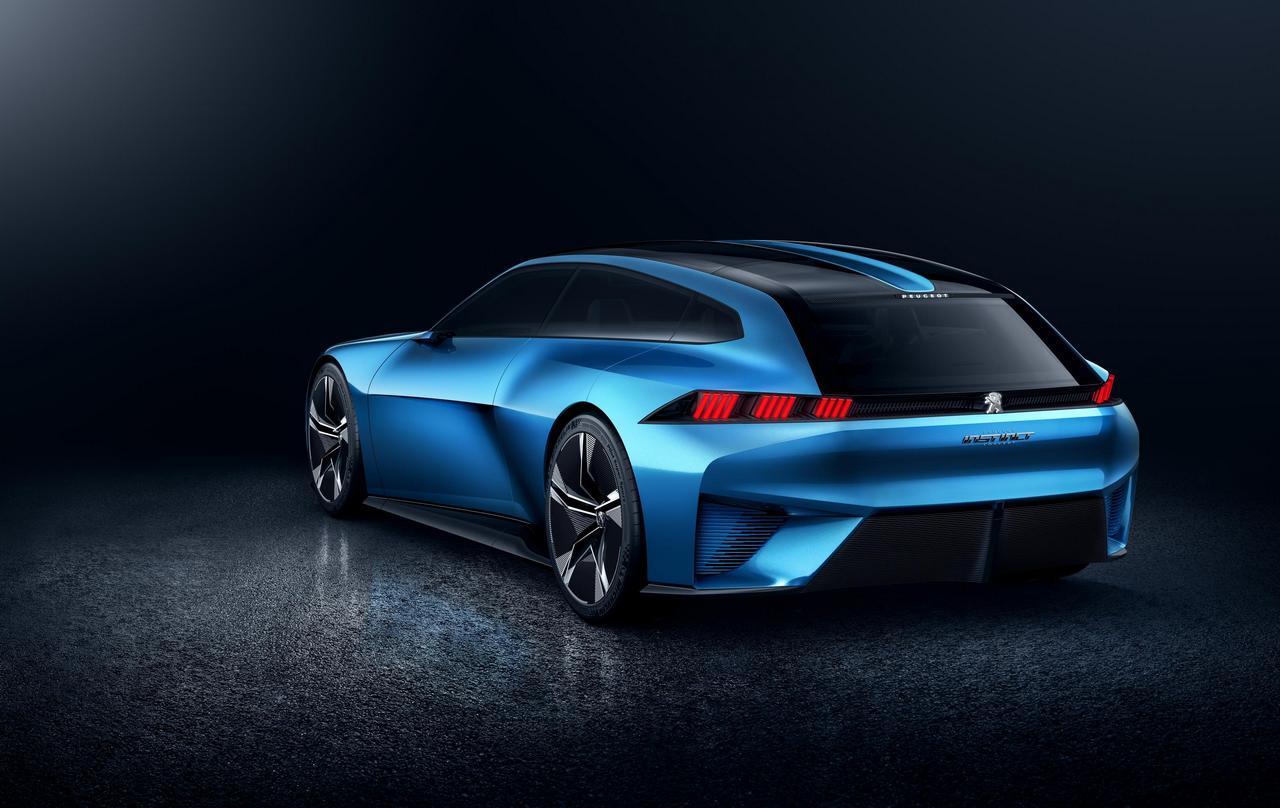 Peugeot, l'invité surprise du MWC avec son concept doté d'un écran holographique