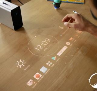 Test du Sony Xperia Touch : que vaut le gadget qui transforme une surface en tablette tactile ?