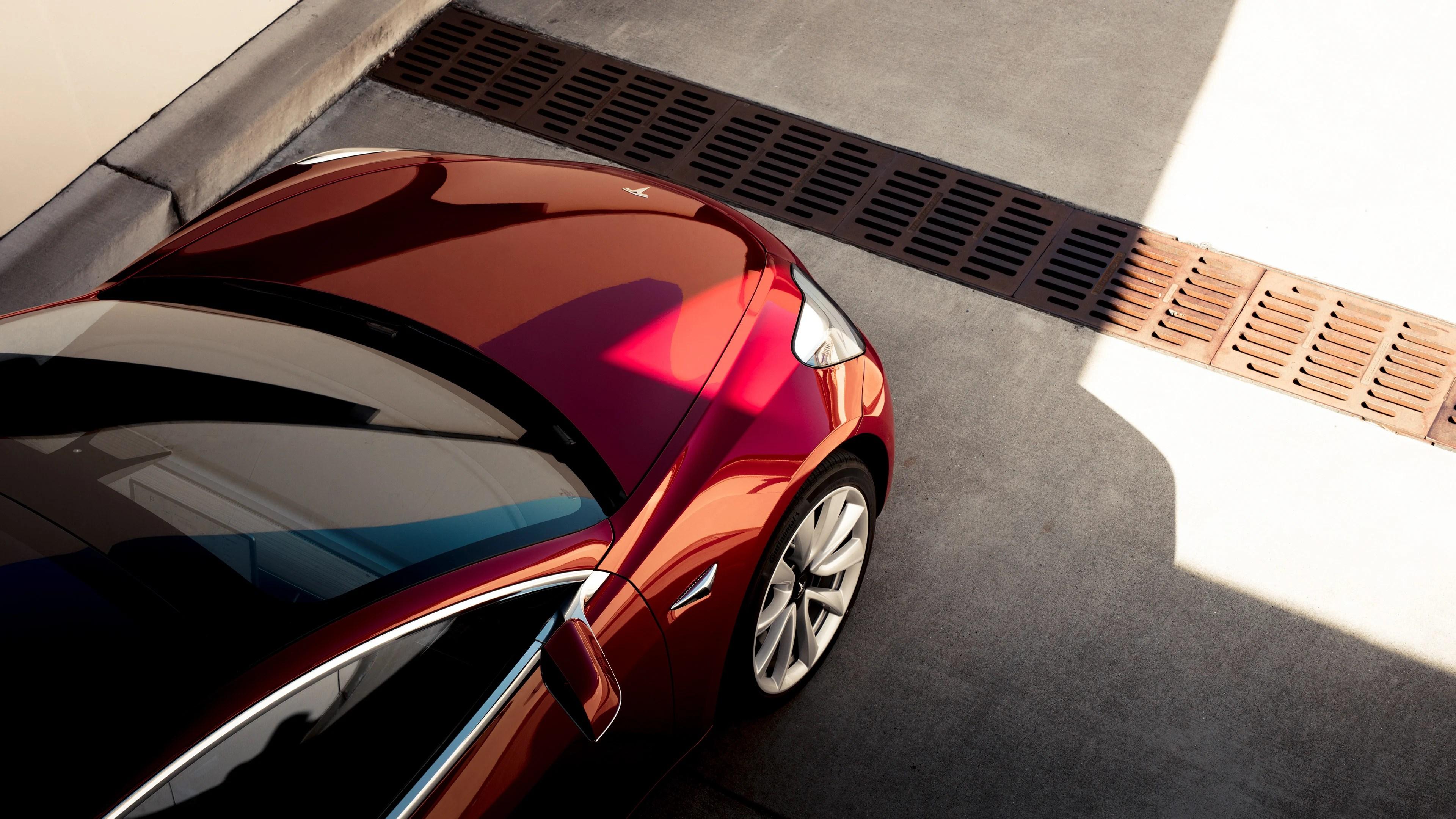 Tesla Model 3 : puissance et capacité révélées