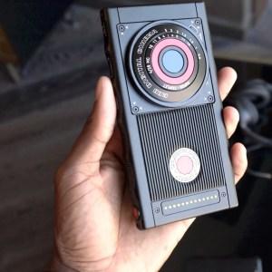 RED détaille la technologie d'écran de son smartphone holographique