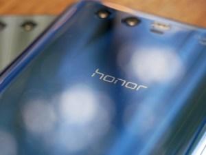 Ces éléments de design qui différencient les smartphones d'Honor