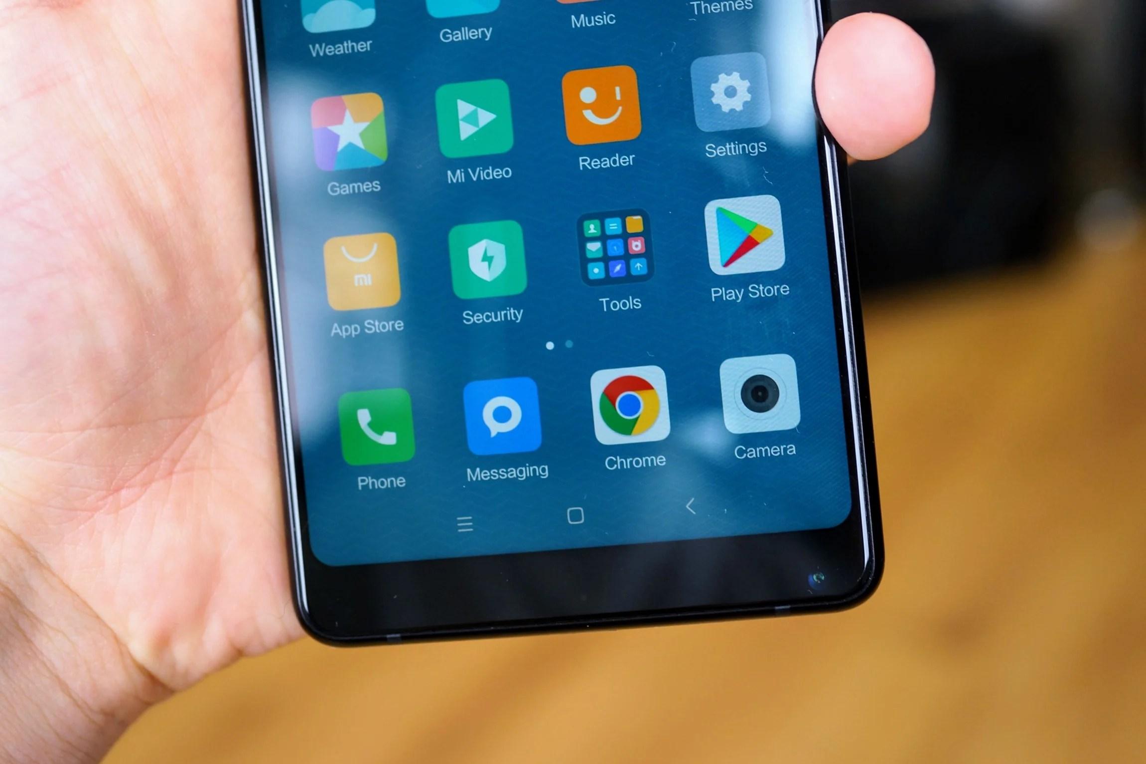 Android : faut-il se débarrasser de la barre de navigation ?