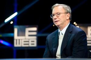 Eric Schmidt, président d'Alphabet (Google), quitte son poste pour lancer une «transition»