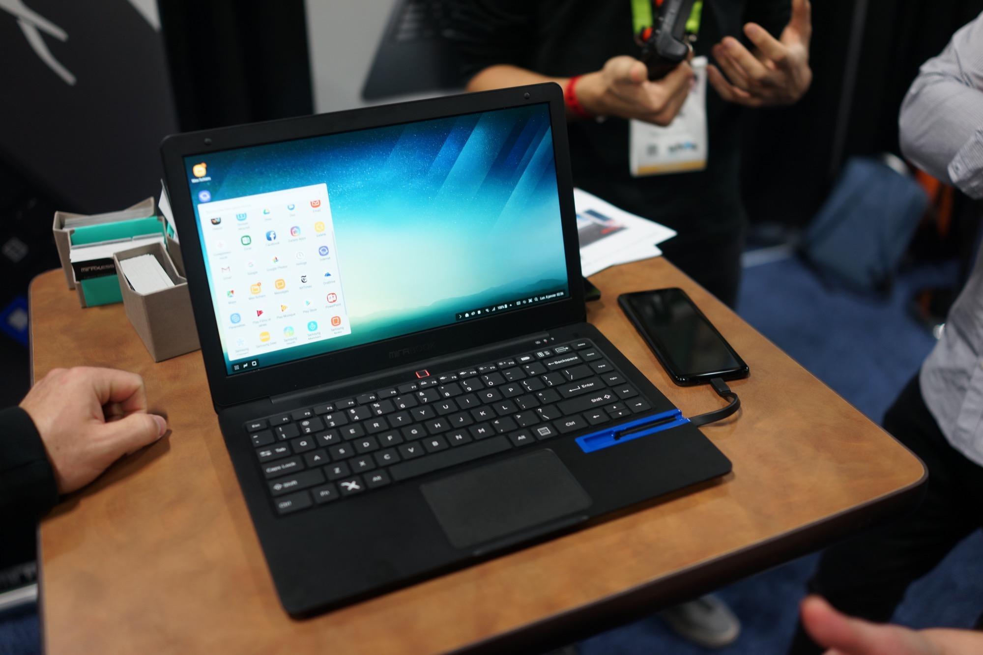 Mirabook : il est prêt pour accompagner le mode PC de votre Galaxy S8 / Note 8 et votre Mate 10 Pro
