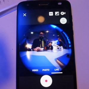 Lenovo Mirage Camera : VR180, la formule point-and-shoot pour réaliser des vidéos 360 degrés