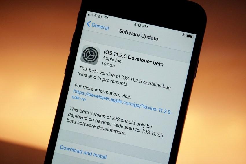 iPhone : la prochaine mise à jour iOS permettra de désactiver le bridage des performances lié à la batterie