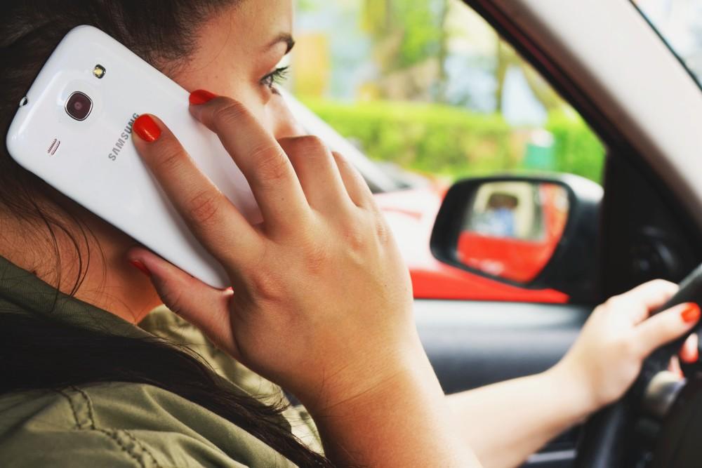 Téléphone au volant : la rétention du permis pourra être appliquée