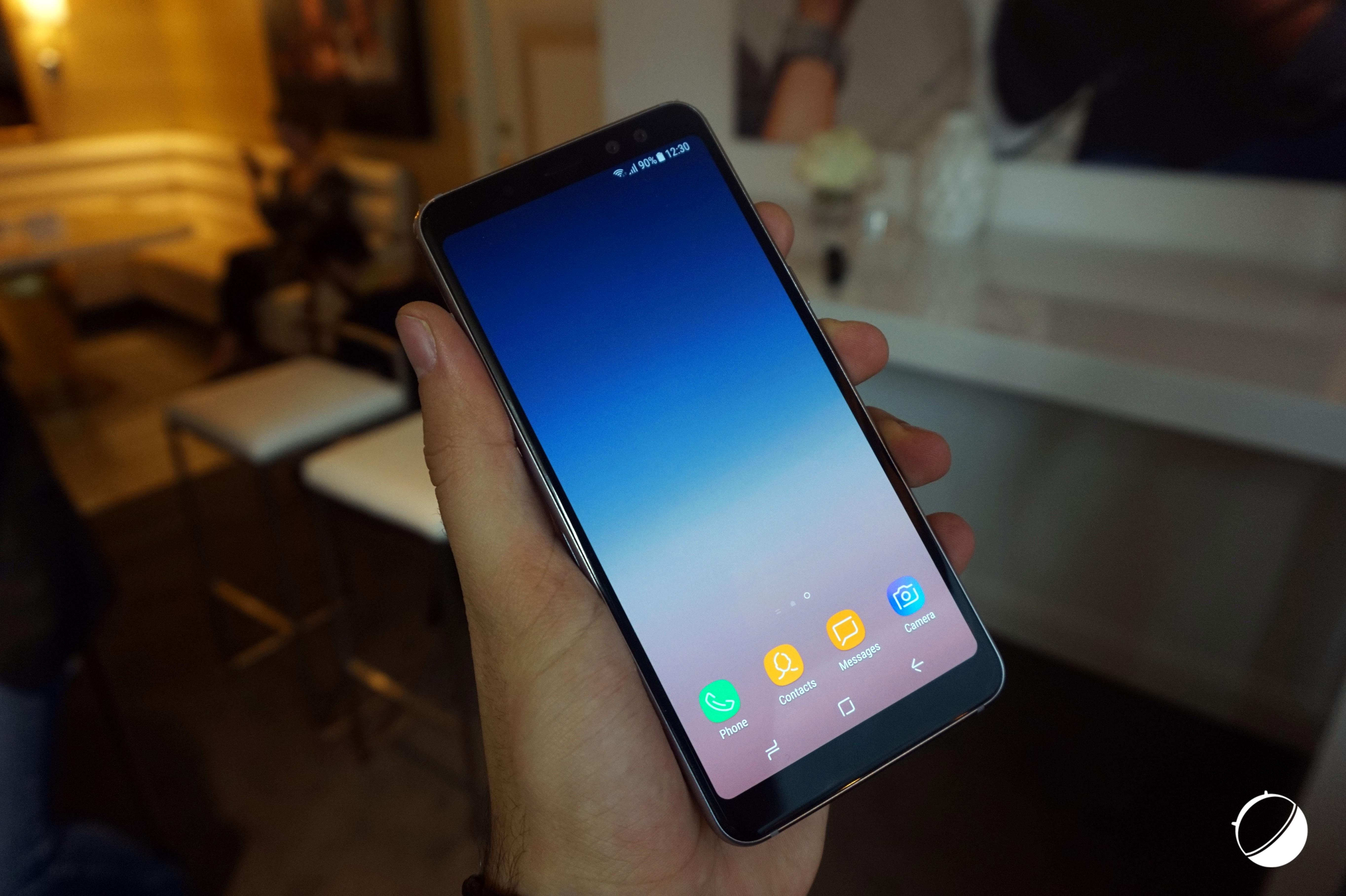 Unboxing du Samsung Galaxy A8 2018, un milieu de gamme équilibré