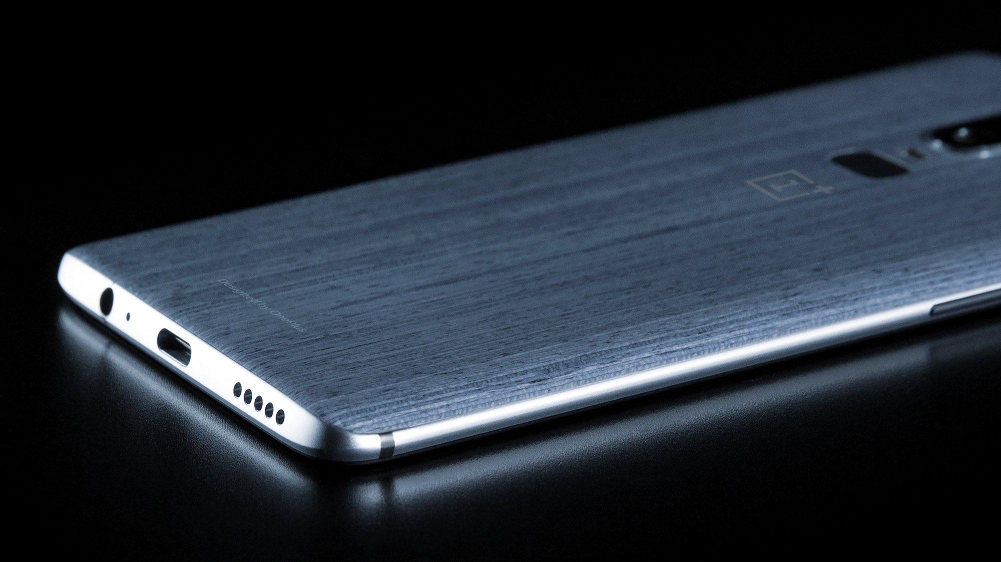 OnePlus 6 : evleaks corrobore le design avec une prise Jack… et une encoche ?