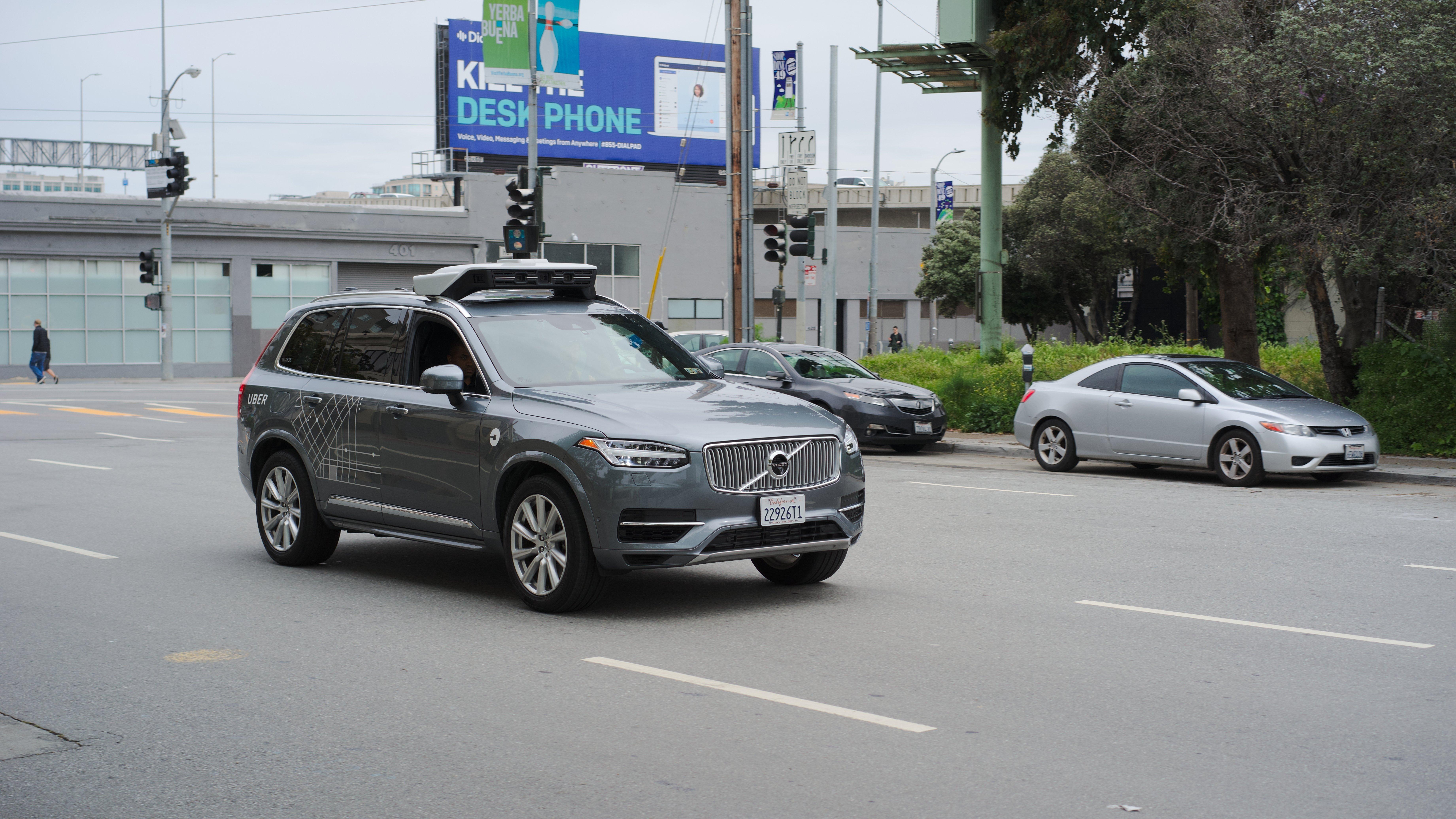 Accident mortel Uber : la victime a été détectée, mais ignorée par le système