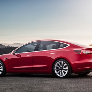 Une mini voiture Tesla pour adulte ? Elon Musk semble se lancer sur le projet