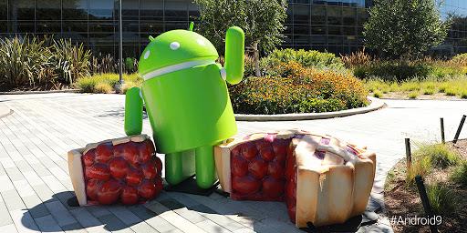 Voici la statue dédiée à Android Pie, elle n'est pas très inspirée