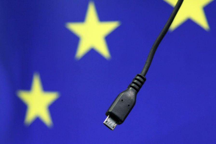 Chargeur universel : la grogne de Bruxelles face à la lenteur d'une harmonisation européenne