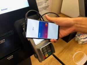 Google Pay adopte lui aussi le thème sombre pour Android 10