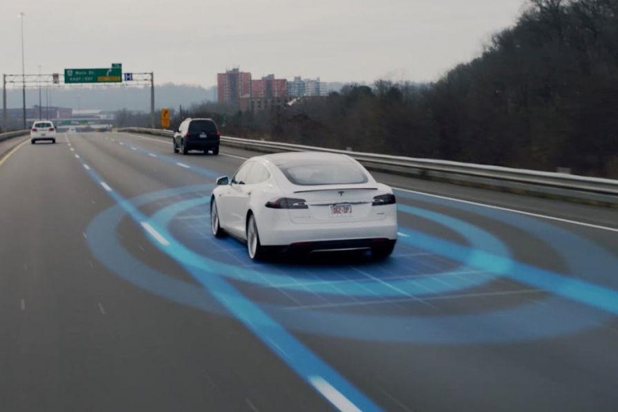 Tesla : tout le monde pourra s'approprier le logiciel de sécurité