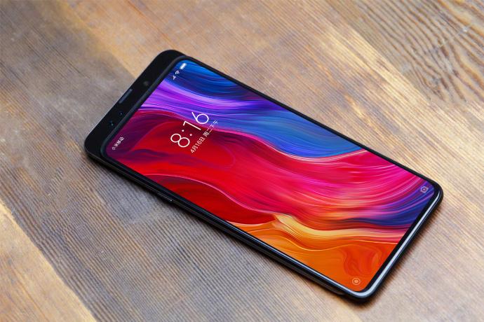 Xiaomi Mi Mix 3 : 5G et 10 Go de RAM officialisés, une première mondiale