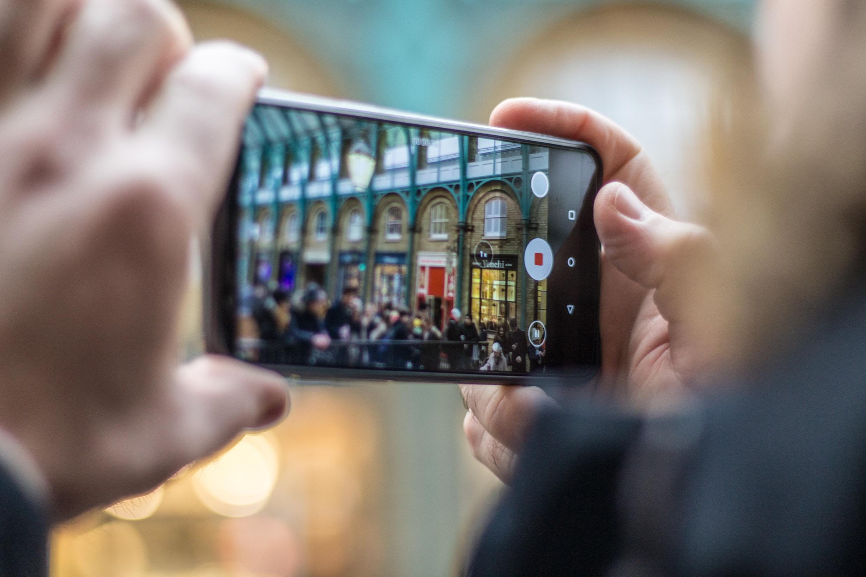 Vous êtes plutôt photo réaliste ou photo Instagram ? – Sondage de la semaine