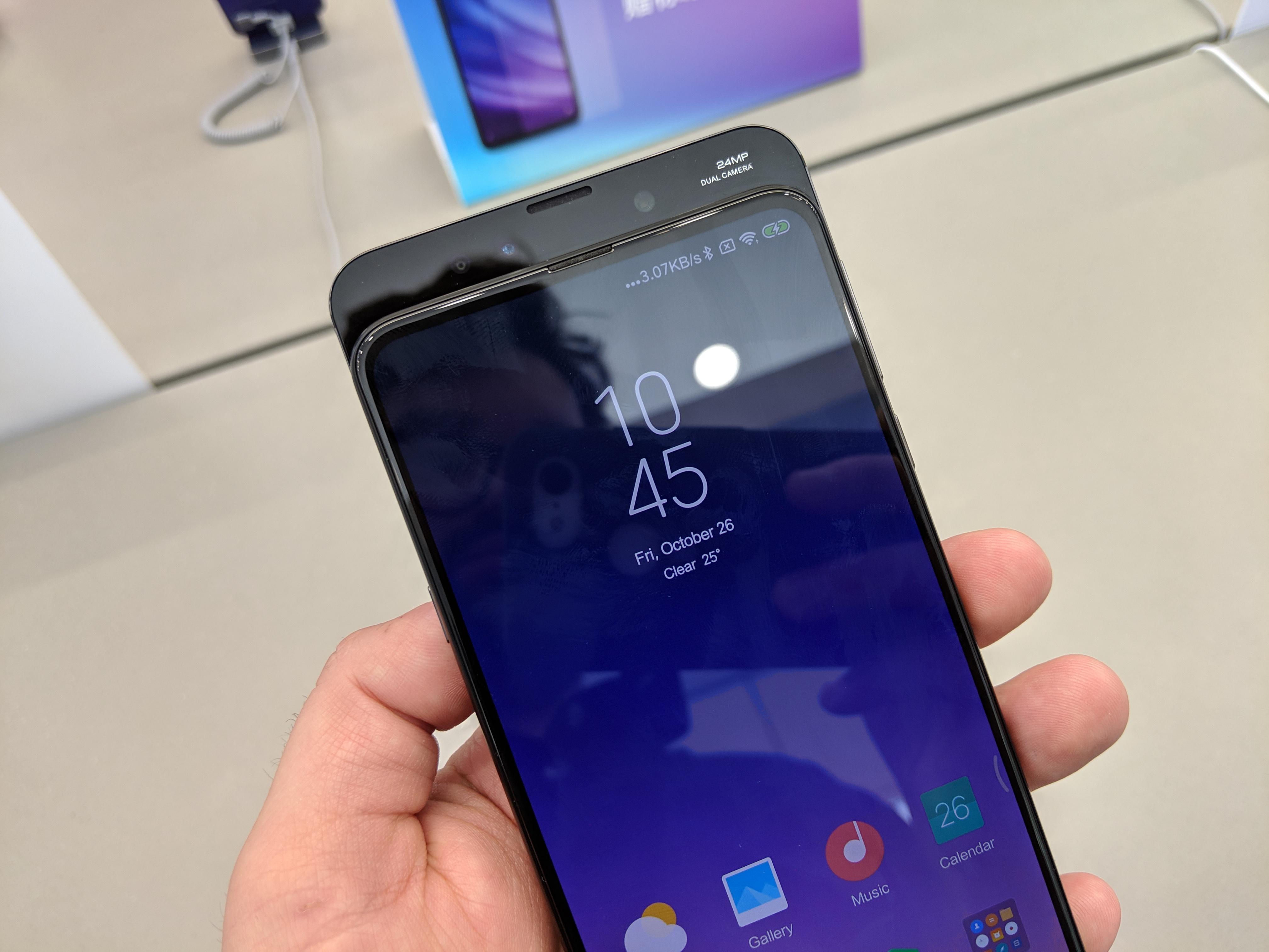 Le Xiaomi Mi Mix 3 sortira bien en France… dans quelques semaines