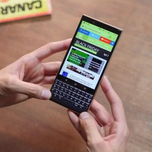 Test du BlackBerry KEY2 LE : un clavier physique ne fait pas tout