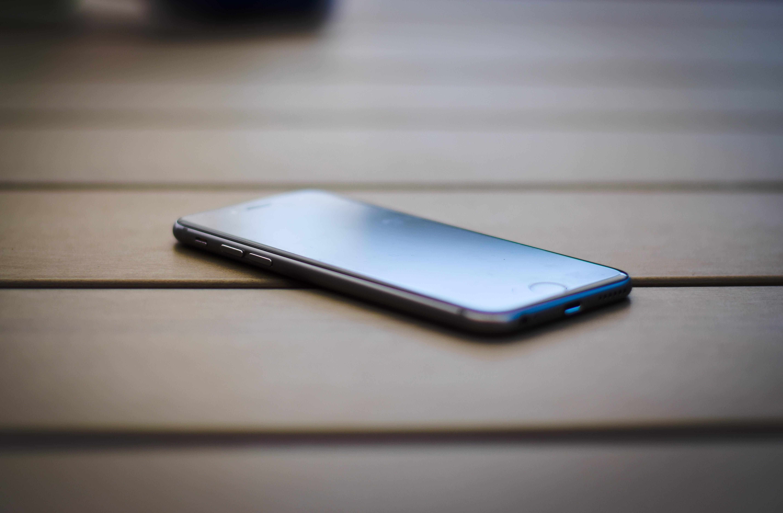 Quel sont les meilleurs smartphones à moins de 100 euros en 2019 ?