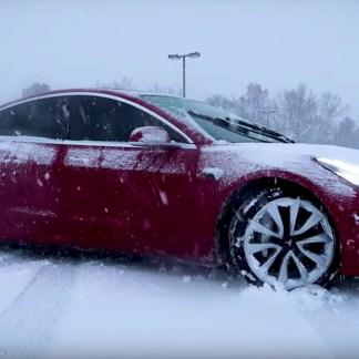 Tesla : ces Model 3 dont les portes se bloquent à cause du froid